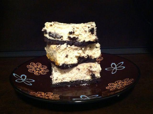 GF Cookies and Cream Cheesecake Bars | Gluten free | Pinterest