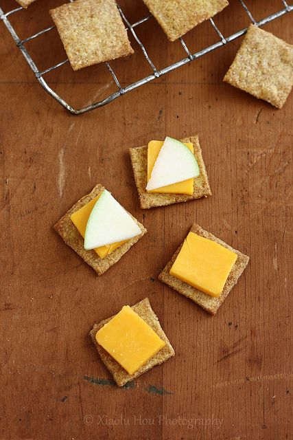 Homemade Wheat Thins, enough said. | Food For Eating | Pinterest