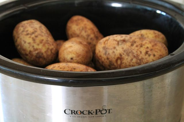Baked potatoes in crock pot | Favorite Recipes | Pinterest