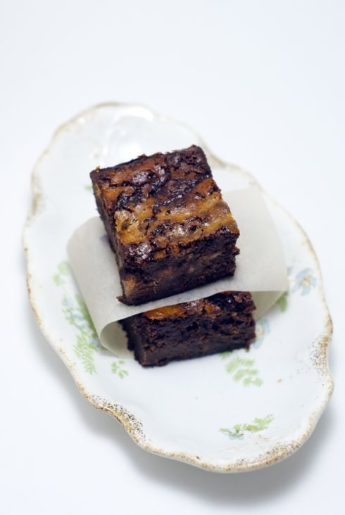 swirly cinnamon goat cheese brownies | Cooking | Pinterest
