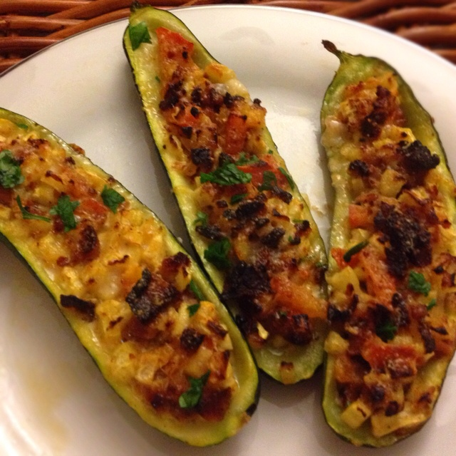 Sausage and parmesan stuffed zucchini. | great looking food | Pintere ...