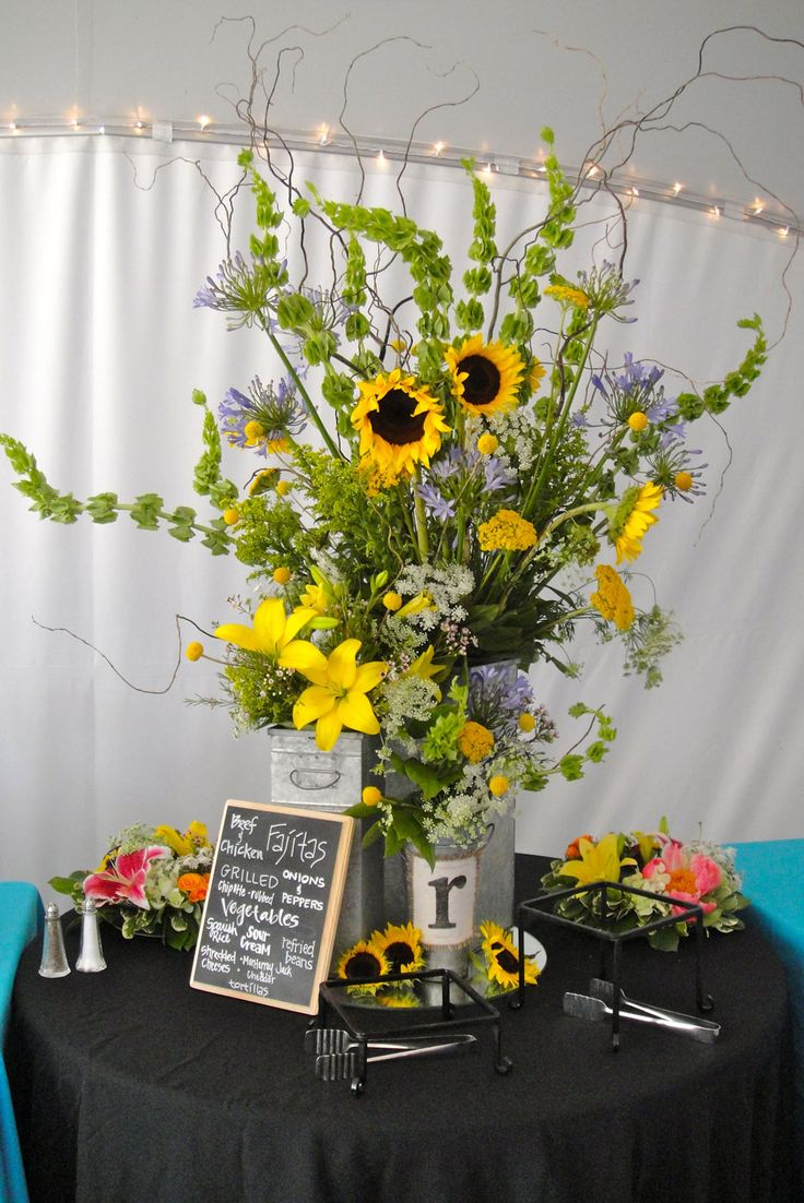 Sunflower floral arrangement hacienda del lago wedding