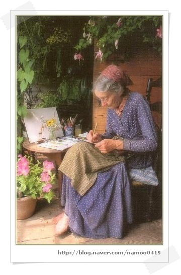 Tasha Tudor A beautiful gardener and a hard worker on her farm and home in NJ. I have her books and love them....