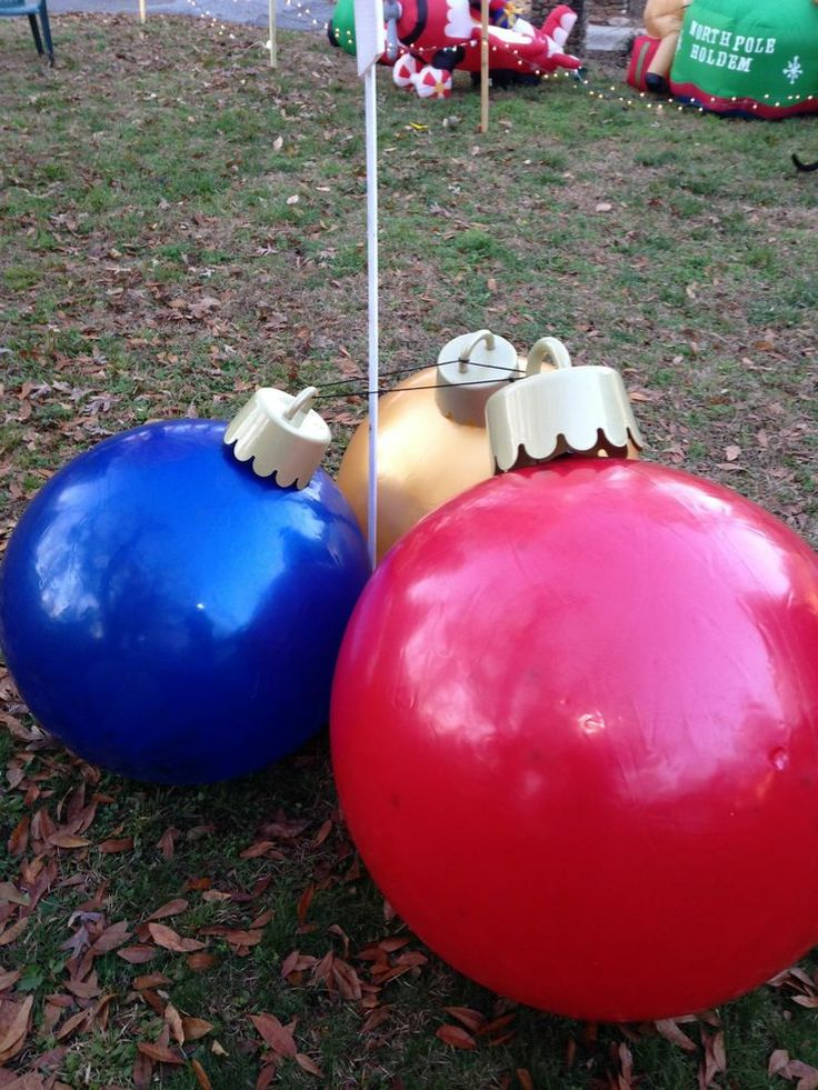 Christmas yard inflatable ball ornaments for Christmas lawn ornaments