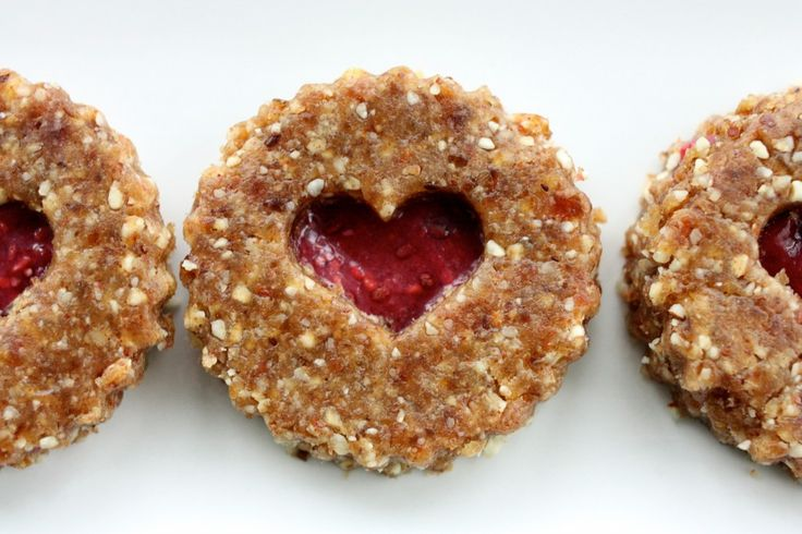 Linzer heart cookies | Tasty - raw vegan | Pinterest