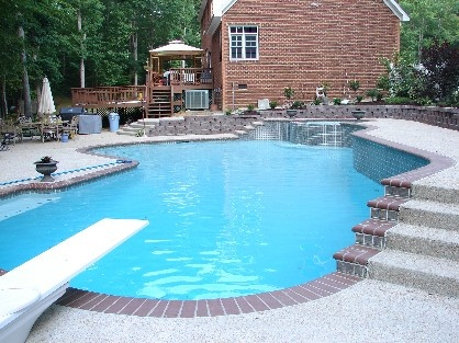 Great pool with diving board awesome inground pool for Great pool designs