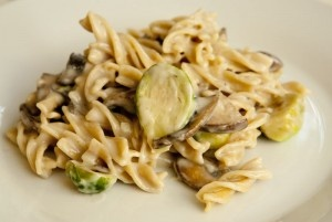 brussels sprouts creamy fettuccine with brussels sprouts mushrooms ...