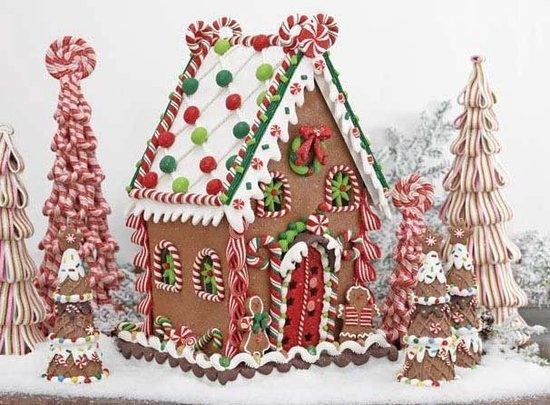 Cute gingerbread house holidays pinterest for Gingerbread house inspiration