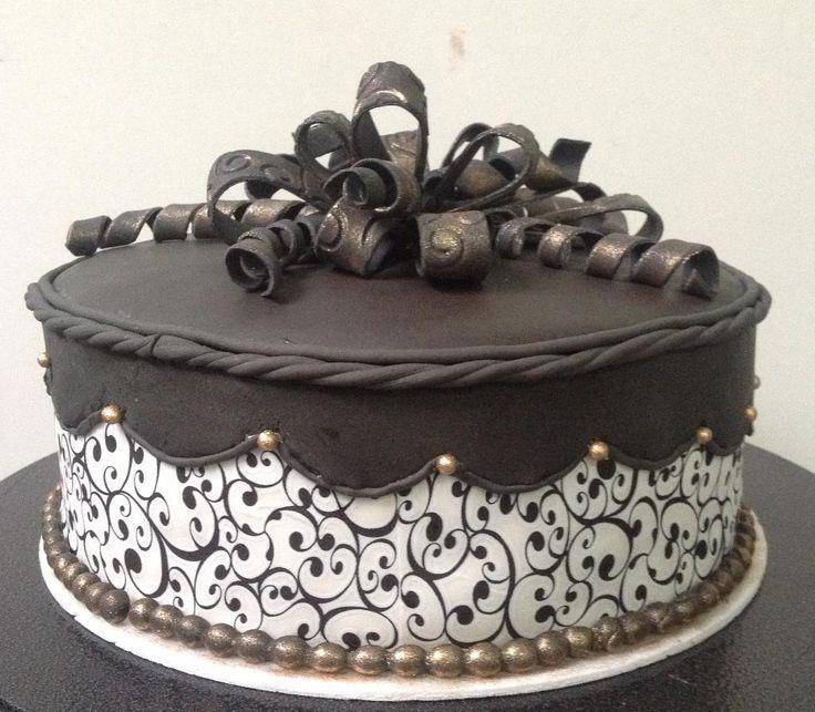 Elegant Birthday Cake Decorating Ideas : Pin by Lori Zupan on Birthday Cakes Pinterest