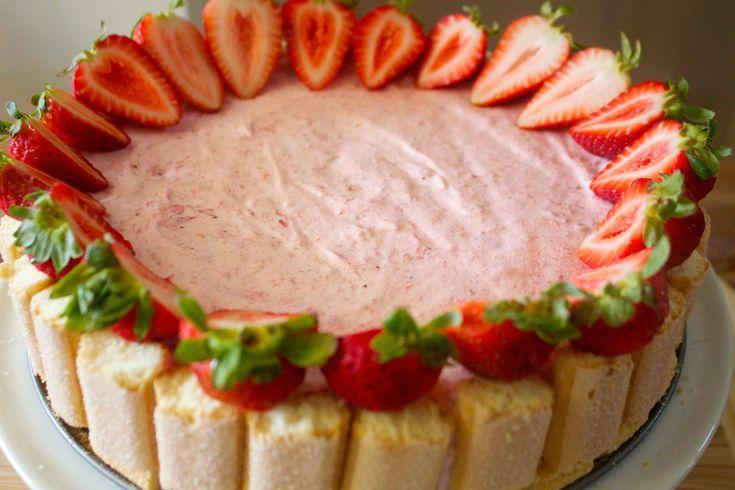 Strawberry Charlotte Cake | SWEETS YUMMMMMMMMM | Pinterest