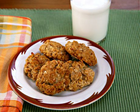 ... oatmeal cookies recipe yummly aggression oatmeal cookies oatmeal lace