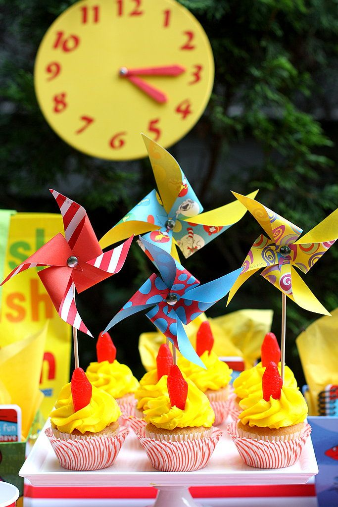 Dr. Seuss Pinwheels - this wouldnt be too hard to make (not to mention ...