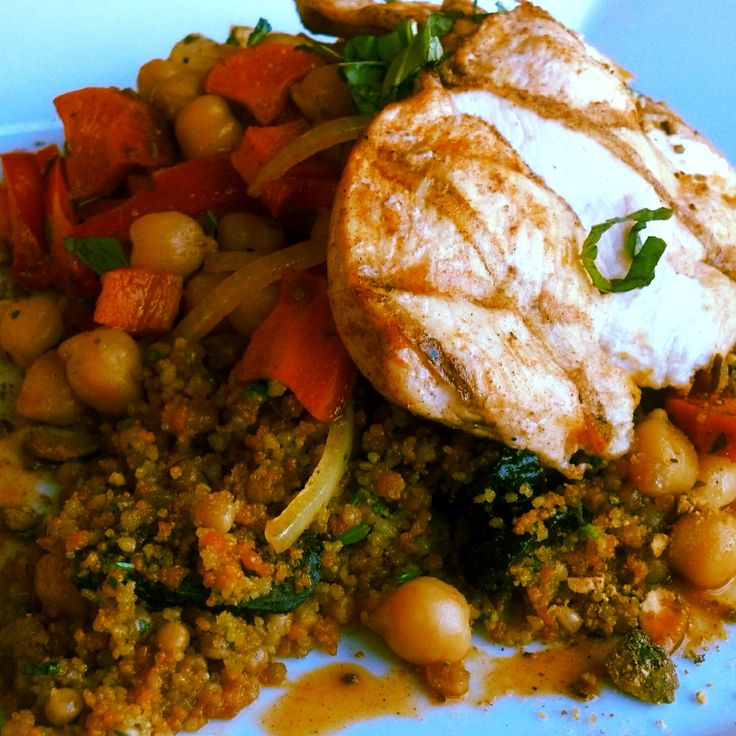 colored couscous (tomato, spinach and Israeli) with figs and cilantro ...