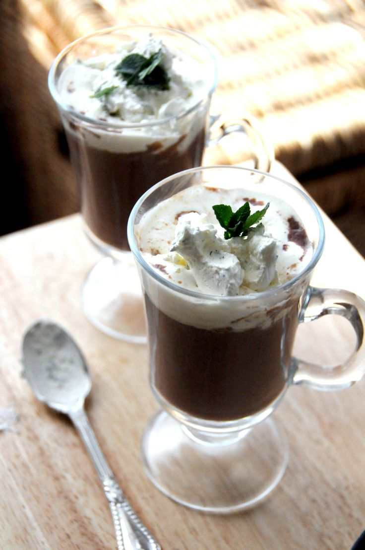 Mint hot chocolate | Christmas! #deartopshop | Pinterest