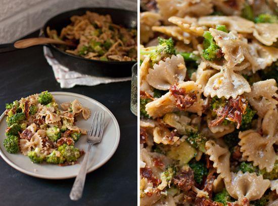 Spicy Sun-Dried Tomato and Broccoli Pasta | Recipe
