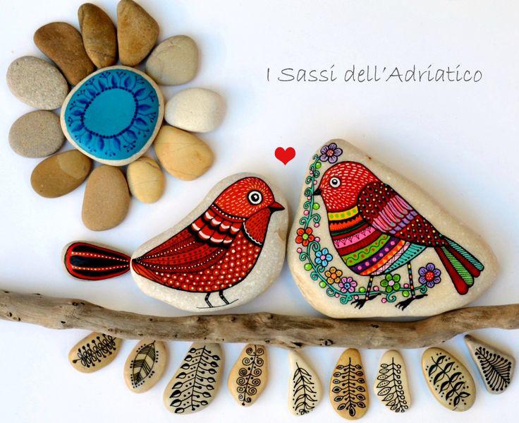 Мои птицы падают в любви .. (Часть II) ДЕНЬ ВЛЮБЛЕННЫХ #paintedstones #birds #isassidelladriatico https://www.facebook.com/ISassiDelladriatico