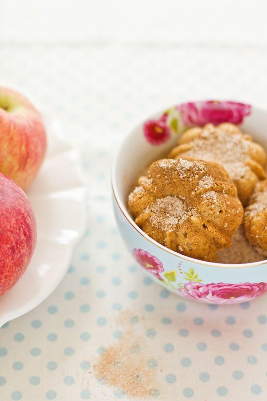 apple cinnamon bundt cakes | Indulge | Pinterest