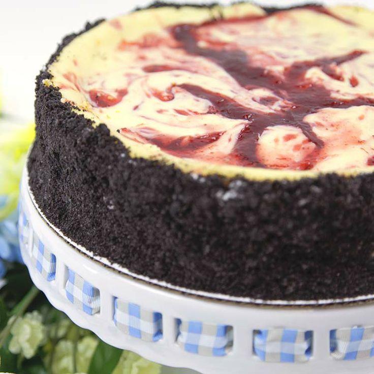 Cherry Swirl Cheesecake | Recipes We Love | Pinterest