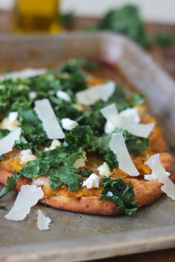 Squash and Kale Naan Pizzas with Pancetta and Goat Cheese | Pizza ...