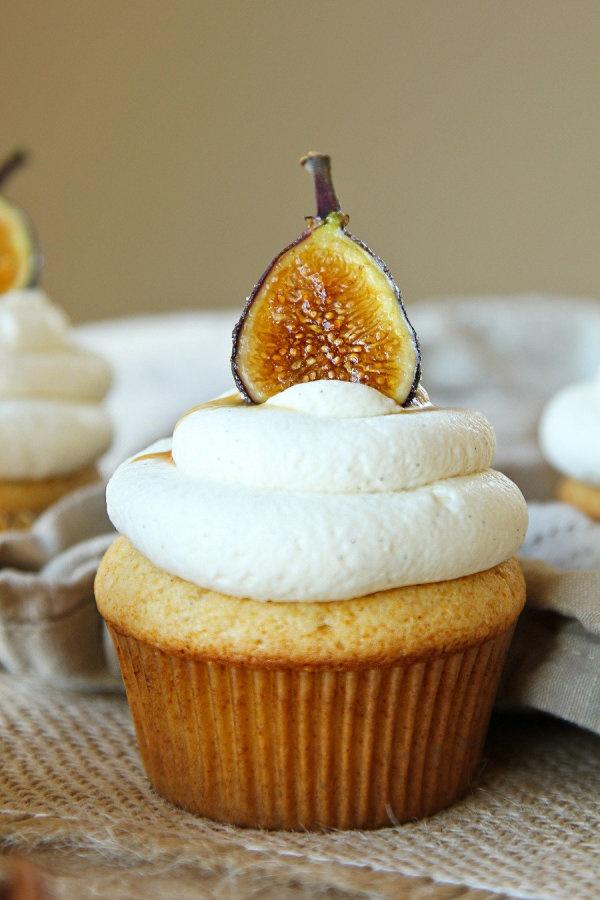 Honey Cupcakes w/ Marscarpone Frosting & Carmelized Figs