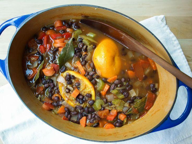 Cuban Black Bean Soup | What Vegans eat | Pinterest