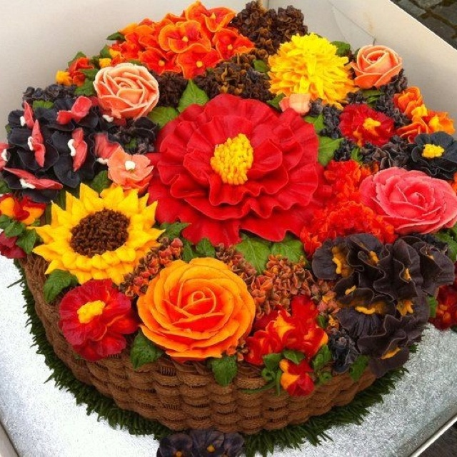 Autumn cake cakes tartas pinterest for Autumn cake decoration