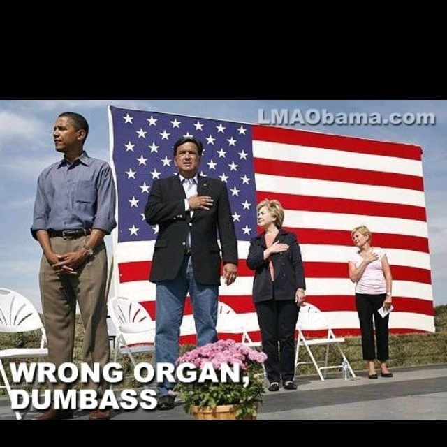 does obama salute the flag