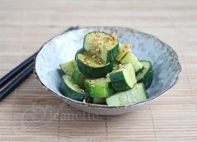 So easy and refreshing! Cold Soy Sesame Cucumber Salad via Jeanette's ...