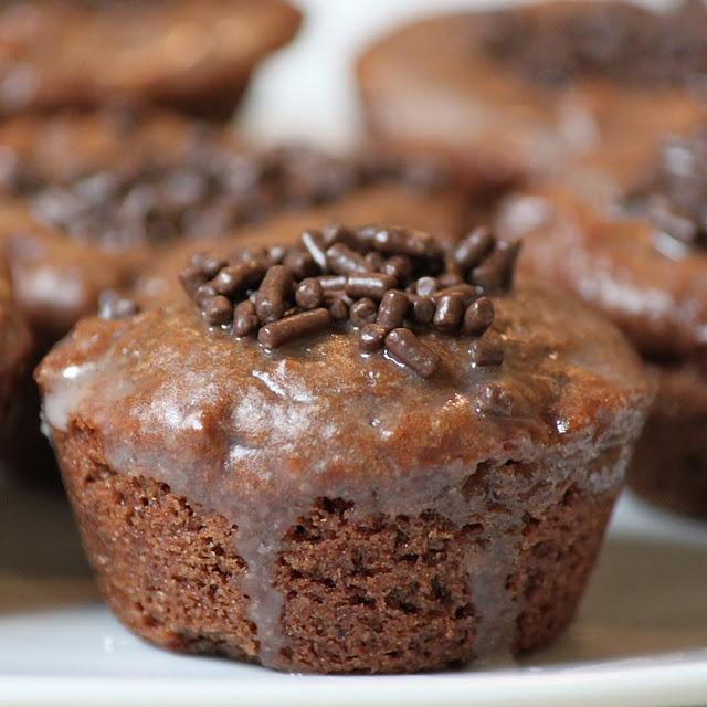 Cinnamon Glazed Chocolate Duffins