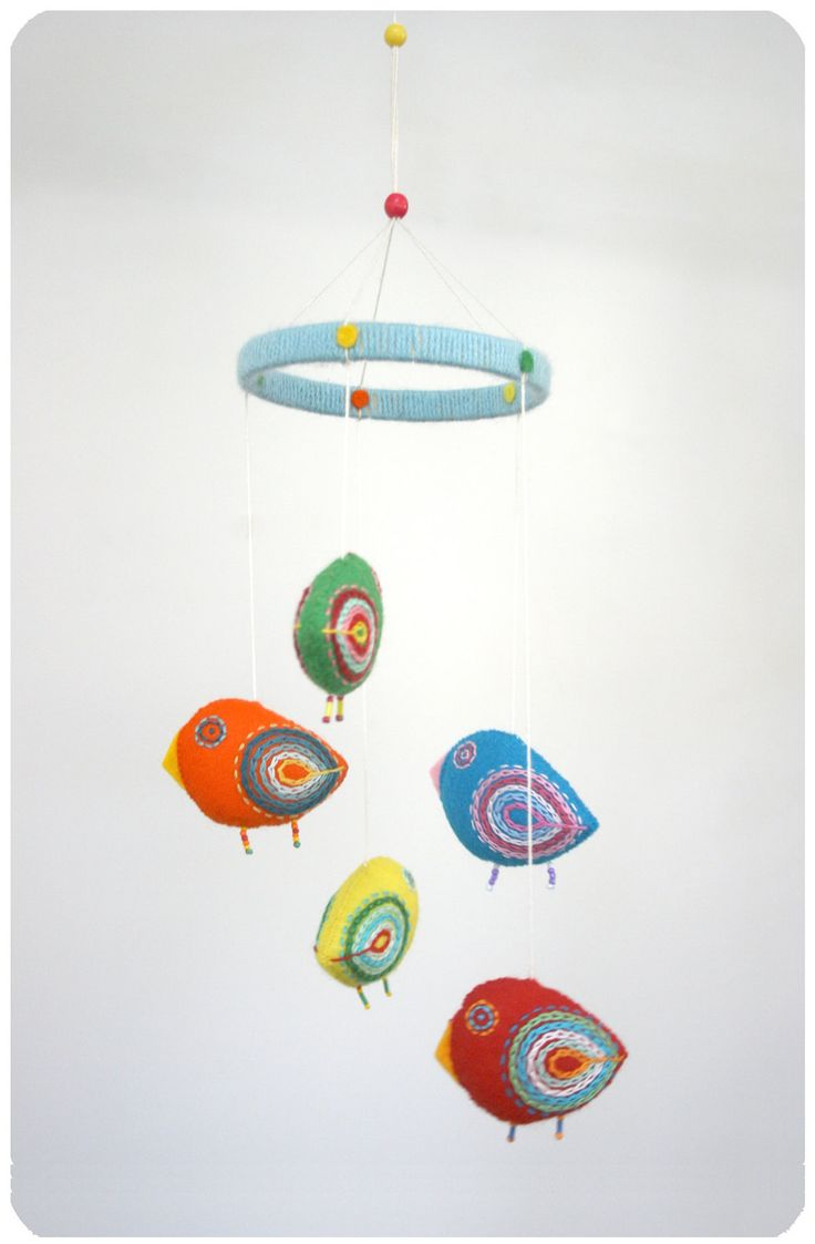 Nursery mobile baby crib mobile felt mobile bird mobile for Bird mobiles for nursery