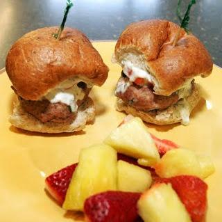 Mini gyros sliders (greek burgers) | Getting Fat | Pinterest