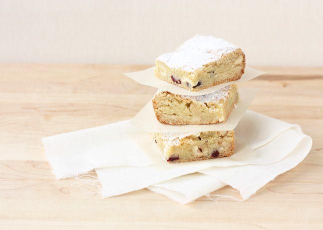 White Chocolate & Hazelnut Blondies (freezes well) | s w e e t + s a v ...
