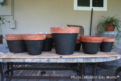"Flower pots with Chalkboard paint - write ""welcome"" ""to"" ""our home"" or house numbers. ?"