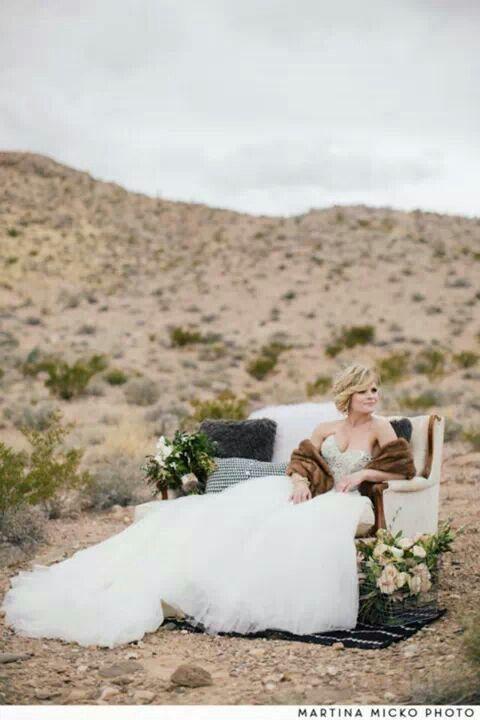 Robe de mariée simple... ...  Robe de Mariée... ...  Pinterest