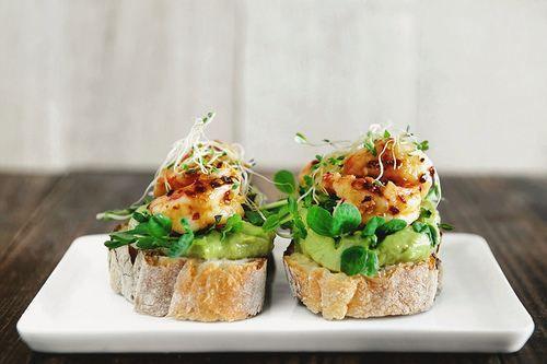 shrimp and guacamole bruschetta | YUM! | Pinterest