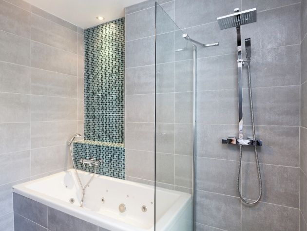 Modele salle de bain grise et verte salle de bains - Salle de bain vert gris ...