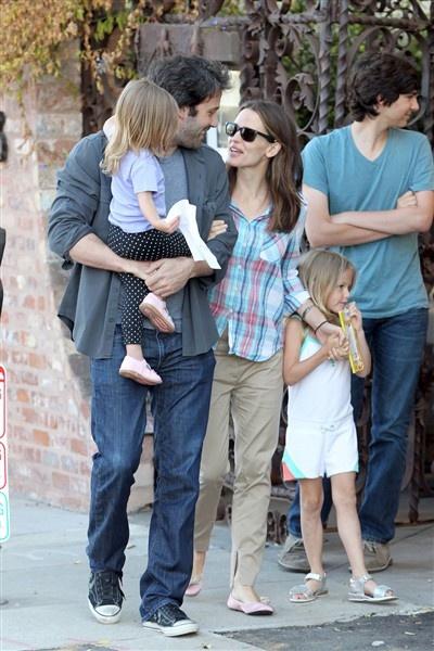 Ben Affleck and Jennifer Garner are too cute for words!