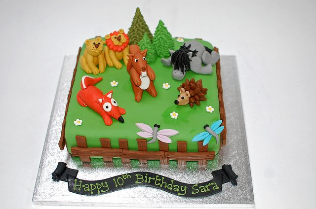 baby shower cake woodland forest animals