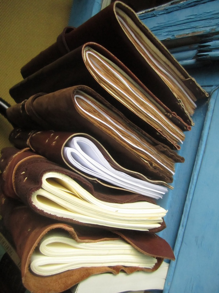 Nate Minnehan's Walk and Talk Infinity Notebook: beautiful hand made leather notebooks.