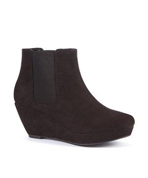 black wedge heel chelsea boots