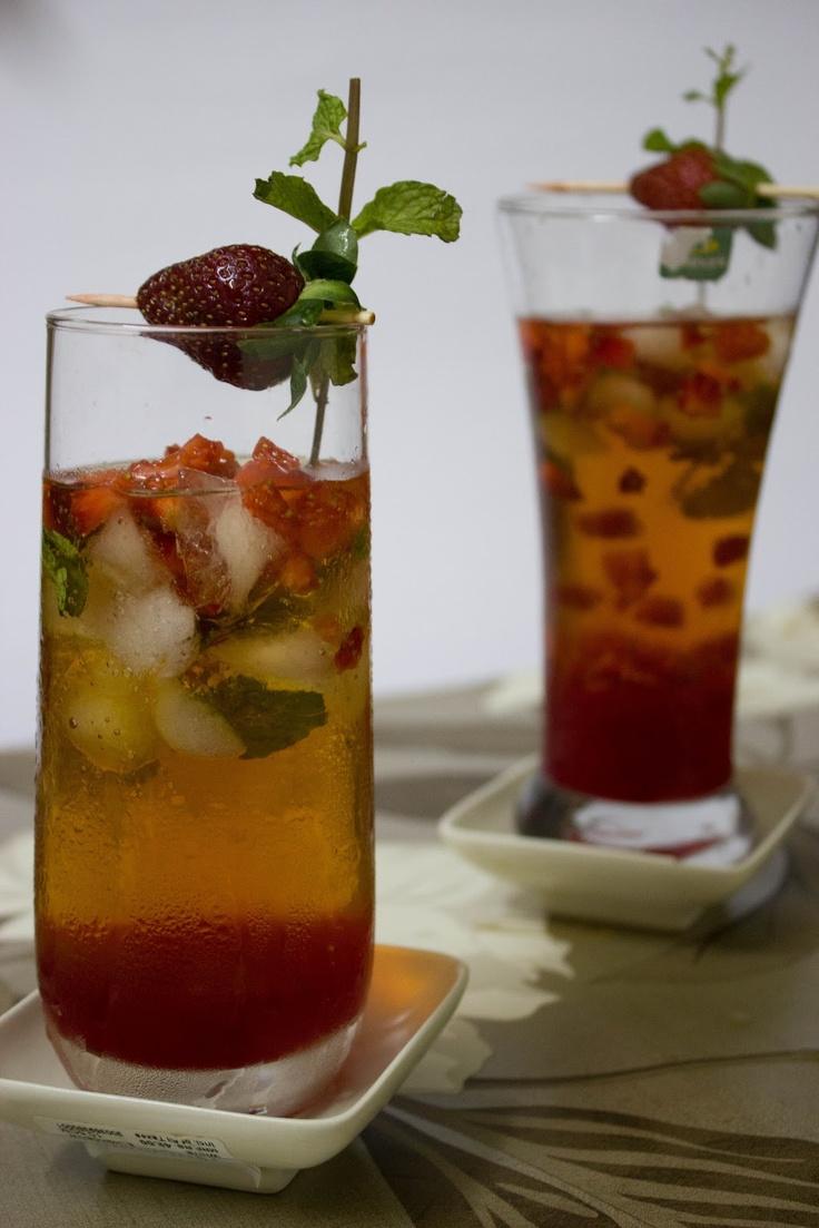 Strawberry & Mint Iced Green Tea | Tea Party Bridal Shower | Pinterest