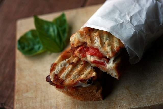 Avocado BLT recipe | Burgers, Hot Dogs, Tacos ect., Crabcakes, Pastie ...