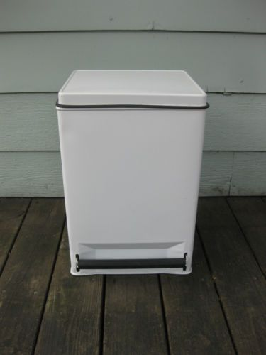 Vintage ekco metal garbage can flip top lid white very Large kitchen trash can with lid