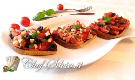 Tris di bruschette sfiziose   http://www.chefsilvia.it/ricette-estive/item/tris-di-bruschette-sfiziose.html