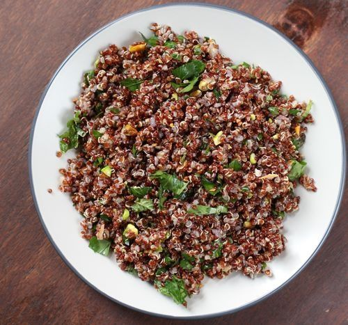 red quinoa with pistachios and parsley recipe