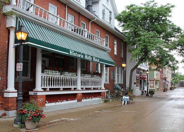 Historic Holly Hotel in Holly, MI.