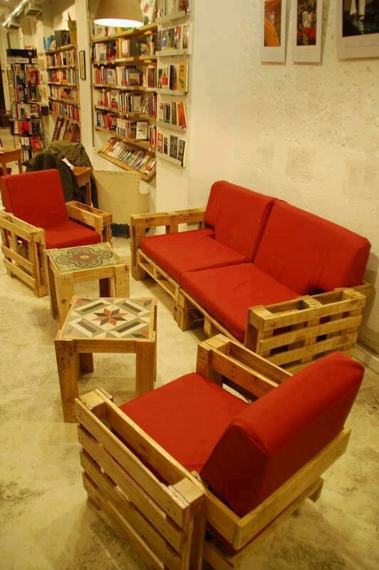 Furniture made out of pallets wood projects pinterest Chairs made out of wooden pallets