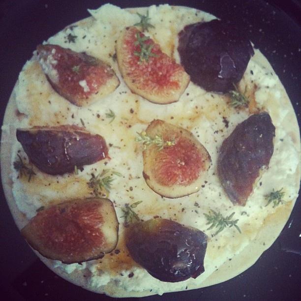 Skinny ricotta cheese, fresh figs, brown honey & thyme kamut piadina ...