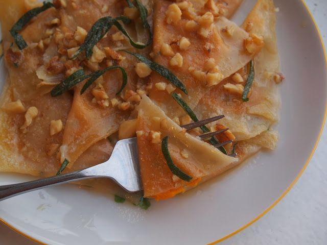 Pumpkin Ravioli with Sage and Walnuts // www.lakeshorelady.com ...