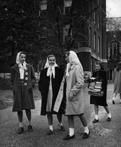 Teenage Girls 1944 | The Invention of Teenagers: LIFE and the Triumph ...